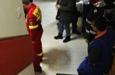 femeie cazuta cu liftul