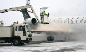 degivrare avion aeroportul Otopeni