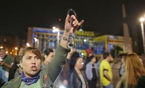 protest rezist proiectii catuse