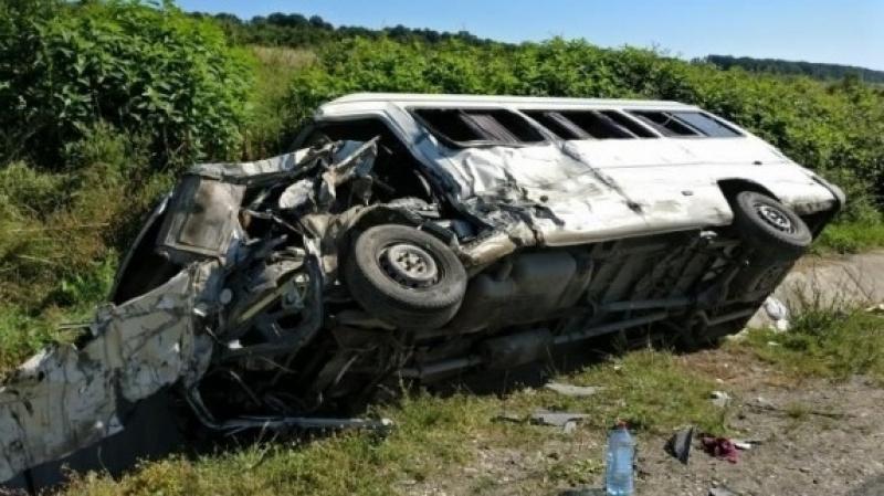 Șapte morti și zeci de răniți după ce un autocar cu turiști străini s-a răsturnat în sud-estul Cubei