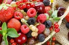 fructe rosii