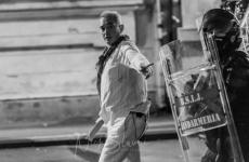 Barbat in alb Jandarmi