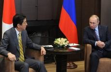 Vladimir Putin si Shinzo Abe