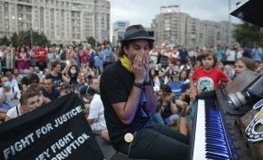 pianist Davide Martello