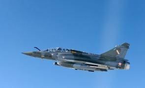 avion vanatoare Mirage 2000