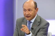 Traian Basescu multime