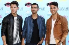 Sucker, Jonas Brothers