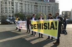 Protest Piața Victoriei 03.04.2019
