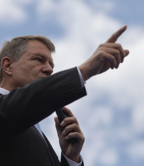 Klaus Iohannis miting PNL Victoriei