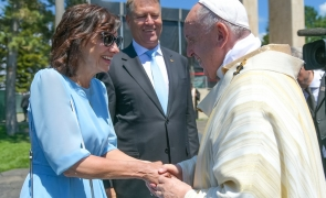 klaus iohannis carmen iohannis papa francisc