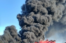 incendiu depozit Bihor pompieri 1
