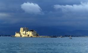 Peloponnese Nafplio Bourtzi grecia vacante turism