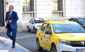 vela taxi