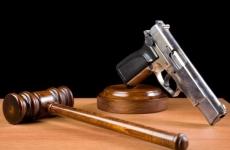 justitie pistol