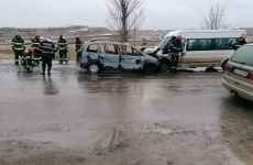 accident microbuz masina botosani