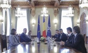 Iohannis consultari PSD