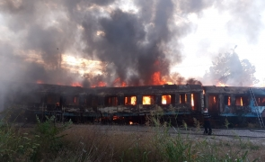 incendiu vagoane tren
