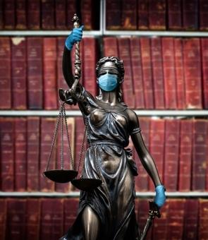 justitie masca