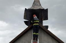 biserică incendiu