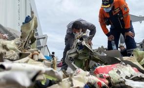 avion prăbușit Indonezia