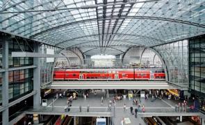Berlin Hauptbahnhof gară
