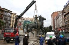Francisco Franco statuie