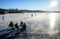 lac înghețat Suedia