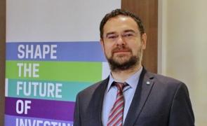 Adrian Codîrlașu, CFA