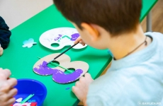 Grădiniță 8 martie copil desen