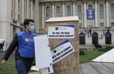 protest toalete politisti