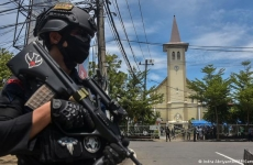 atac Indonezia catedrală poliție