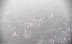 poluare Nepal