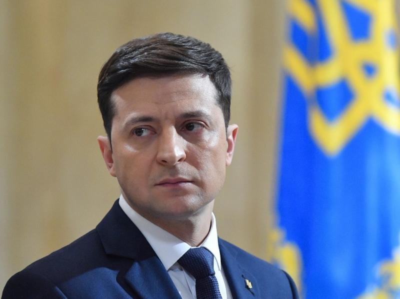 După ce Rusia a deplasat trupe în Donbas, Ucraina se roagă să intre în NATO: Zelenski a sunat la Casa Albă/ Americanii îi trimit la altă poartă