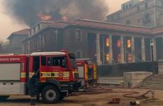 incendiu cape town