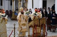 Episcopul Lucian biserica pasti