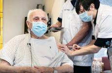 vaccin primul belgian vaccinat a murit