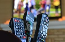 telecomanda tv seriale filme netflix