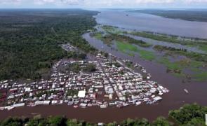 manaus brazilia inundatii amazon