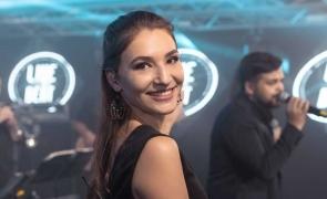 Mihaela Handuca voluntar