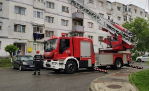 pompieri autoscara bloc