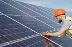 panouri solare inginer constructii energie verde surse regenerabile