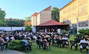 Concert în aer liber la Arad