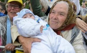 bunica bebelus