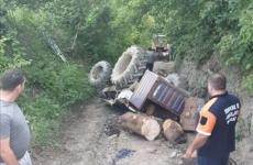 accident neamt tractor rasturnat forestier