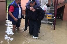 pompier inundatii