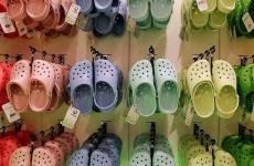 crocs papuci pantofi cumparaturi magazin