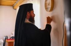 Părinte biserica preot ceas Centrul catehetic
