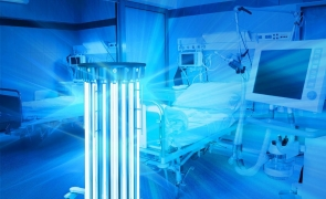 robot dezinfectant cu ultraviolete