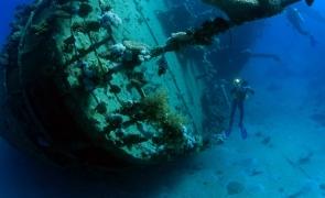 corabie antica epava titanic nava ruina