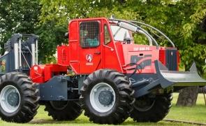 tractor IRUM Reghin